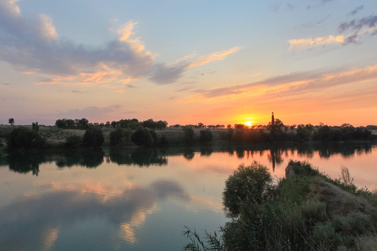 Sunset on lake (Almaty, Kazakhstan)