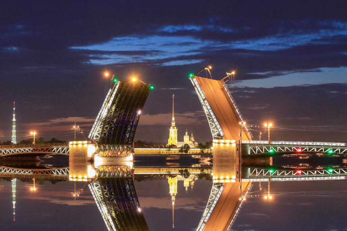 Palace Bridge (St. Petersburg, Russia)